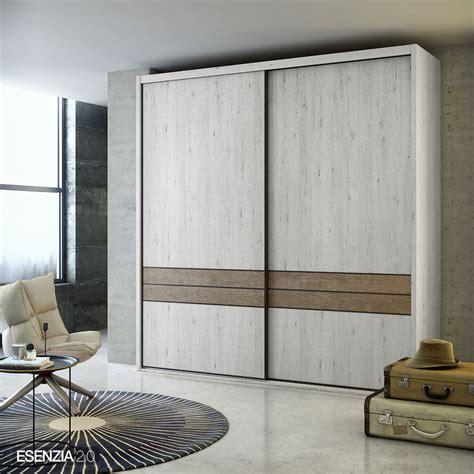 Armarios de puertas correderas de la colección ESENZIA 2.0