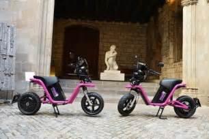 Arranca en Barcelona el moto sharing con la eléctrica CORE ...