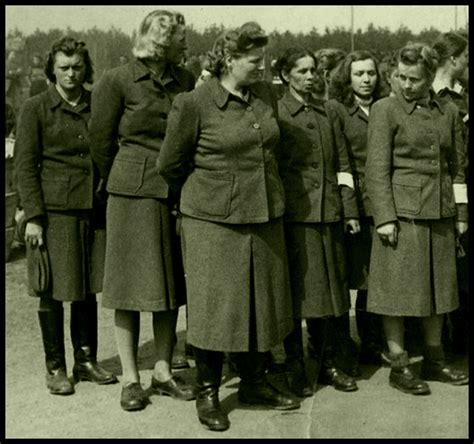 Arrested SS Aufseherin. Irene Haschke, Herta Bothe, Herta ...