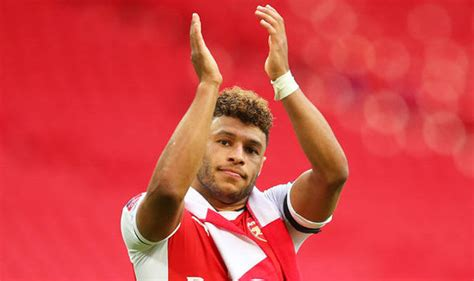 Arsenal star Alex Oxlade Chamberlain must not go to ...