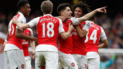 Arsenal turn tables on Watford to stay in title hunt ...