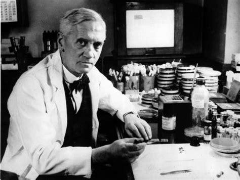Article: Alexander Fleming Discovers Penicillin