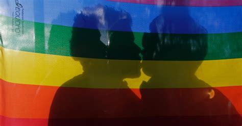 As cores da bandeira LGBT e o seu significado