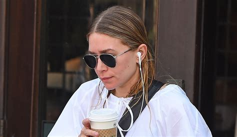 Ashley Olsen Dons Wet Hair While Leaving Lunch | Ashley ...