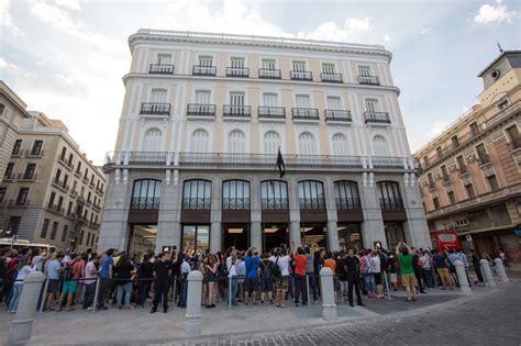 Así ha sido la inauguración del Apple Store de Sol, en ...