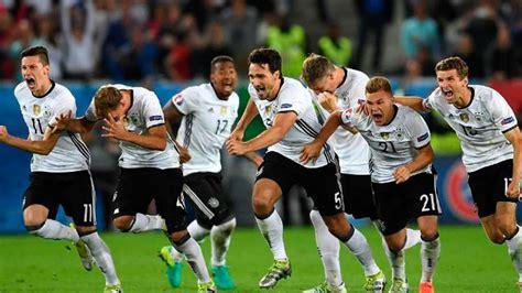 Así será la camiseta de Alemania en Rusia 2018 - Sporthiva ...