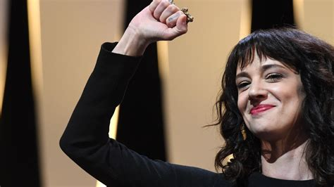 Asia Argento closes Cannes with powerful words for Harvey ...