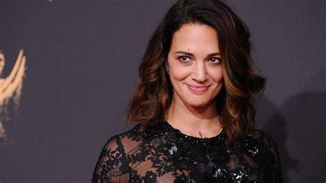 Asia Argento contro Harvey Weinstein sul palco di Cannes ...