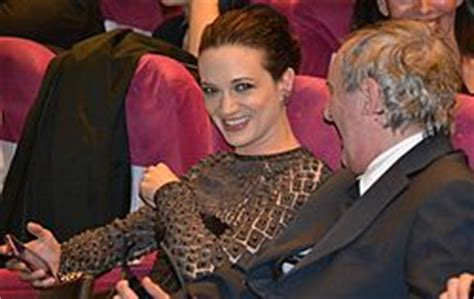 Asia Argento FAQs 2018- Facts, Rumors and the latest Gossip.