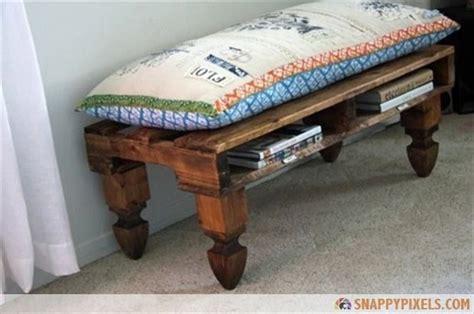 Asiento con madera recilada de un palet   decoracion faro ...
