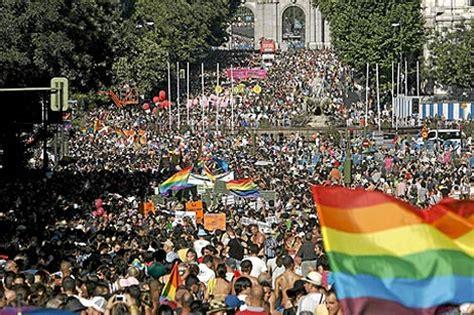 Asociaciones gays exigen que se readmita a Israel en el ...