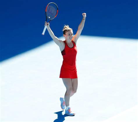 Australian Open 2018: Simona Halep had BREAST REDUCTION to ...