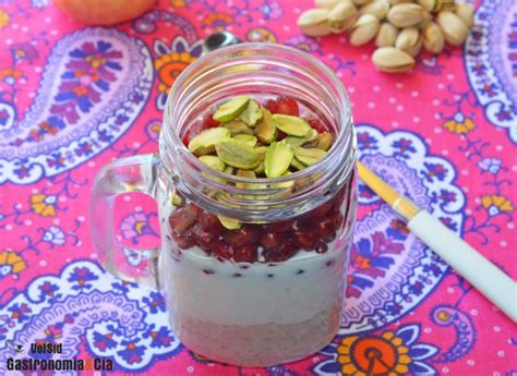 Avena, yogur, granada y pistachos | Gastronomía & Cía