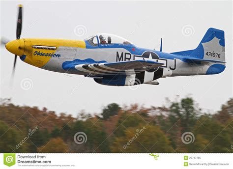 Aviones De Combate Del Mustango De La Segunda Guerra ...