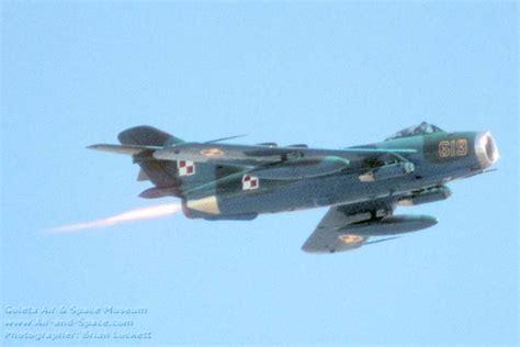 Aviones de Guerra3(Migs) con nombres - Imágenes - Taringa!