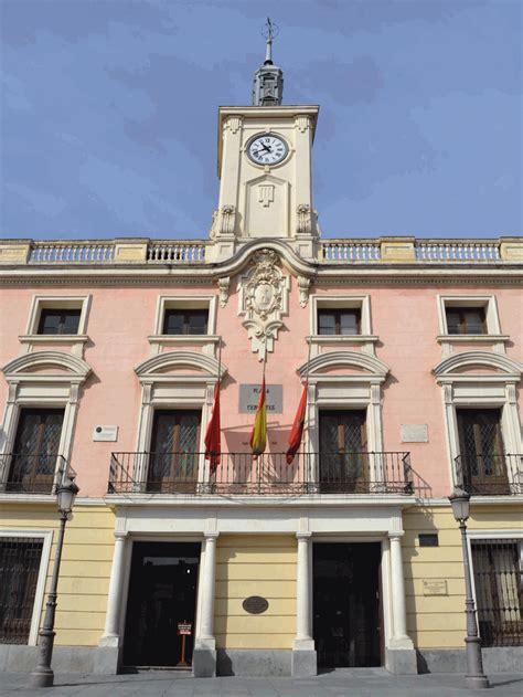 Ayuntamiento de Alcalá de Henares - Convento de ...