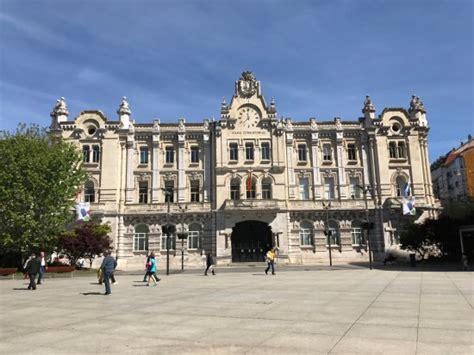Ayuntamiento de Santander. - Picture of Ayuntamiento ...