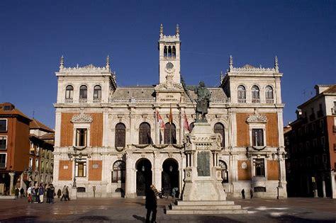 Ayuntamiento de Valladolid. Casa Consistorial en la Plaza ...