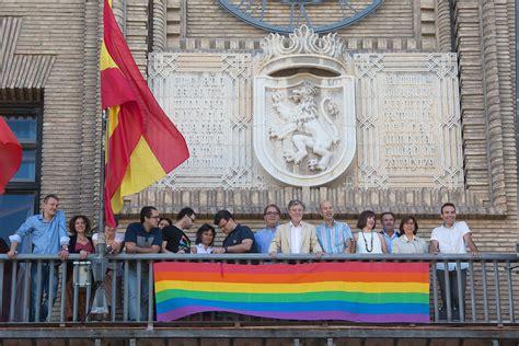 Ayuntamiento de Zaragoza. Noticias.La bandera del ...