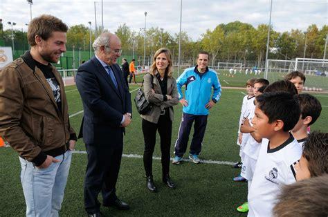 Ayuntamiento y Fundación Real Madrid estrenan curso ...