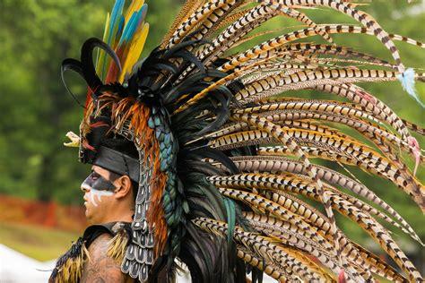 Aztec  Mexica  Warrior | Elaborate headdress of an Aztec ...