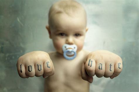 Baby PIctures: Funny Baby Wallpapers HD