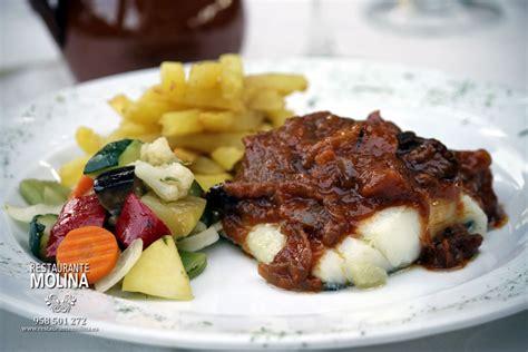 Bacalao en salsa mozárabe - Restaurante Molina en Huétor Vega