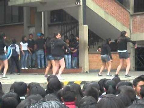 Baile de Fin de Año en el Colegio Ave María La Paz BOlivia ...