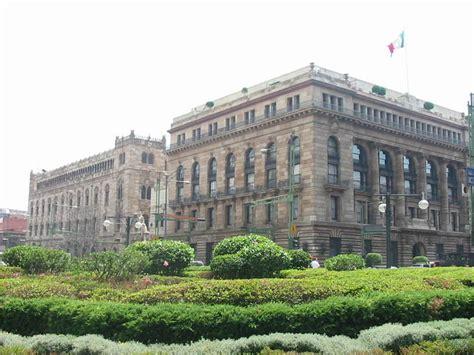 Baja Banco de México pronóstico de crecimiento económico ...