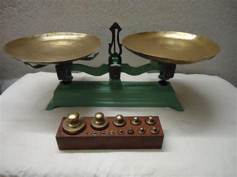 Balanza antigua y juego de pesas   mejor precio | unprecio.es