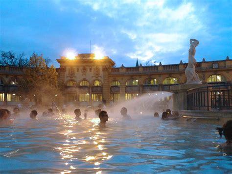 Balnearios de Budapest [Széchenyi o Gellert] ¿Cuál elegir ...