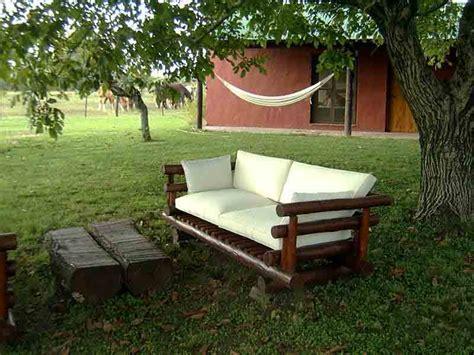 Bancos de madera para el jardín