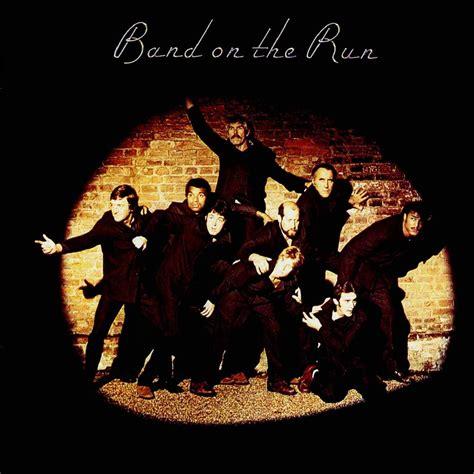 Band On The Run album artwork - Paul McCartney & Wings ...