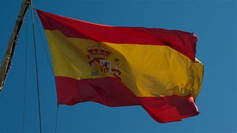 Bandera de España: Origen, significado e historia de la ...