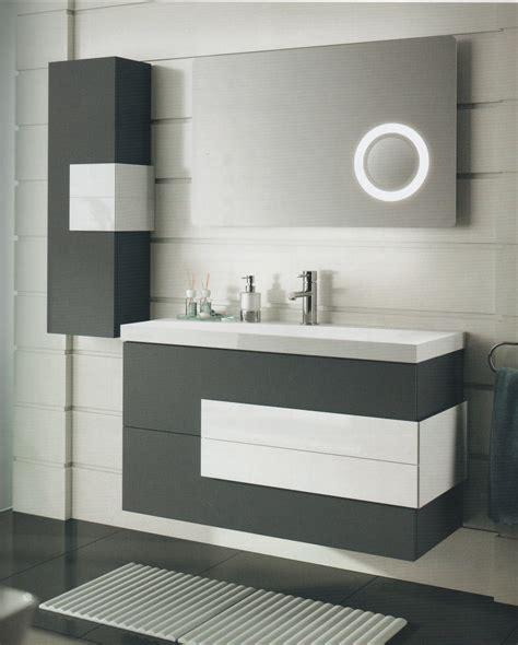 Baños y Complementos | Carpintería Artemave