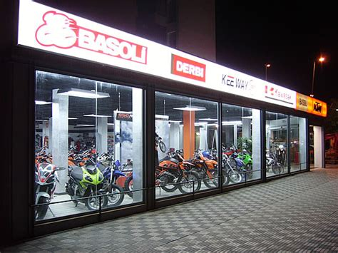 Basoli Mataró - Concesionario oficial de motos en Mataró ...
