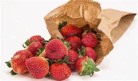 Batido de frutas y verduras para una piel limpia y ...