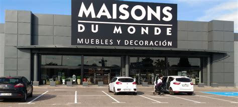 beautiful faana alcal with maison du monde logo
