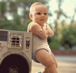 Bebés raperos
