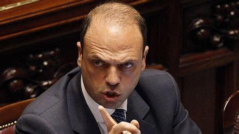 Berlusconi propone como sucesor a su ministro de Justicia ...