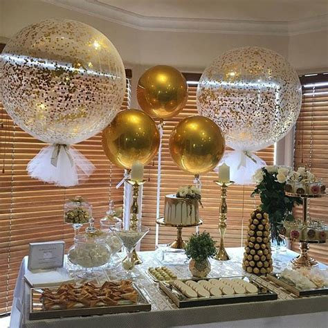 Best 25+ Gold party decorations ideas on Pinterest | Gold ...