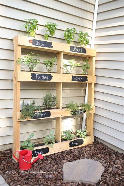 Best 25+ Herb garden pallet ideas on Pinterest | Vertical ...