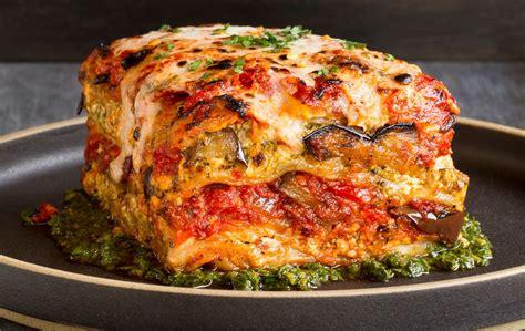 Best 25+ Veg lasagne ideas on Pinterest   Veg lasagna ...