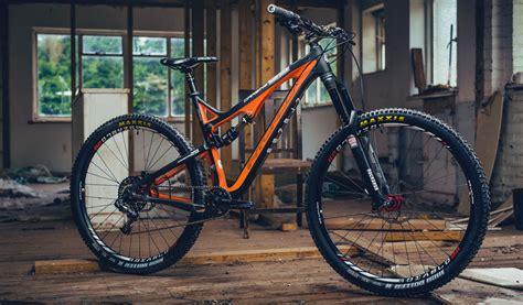 Best Full Suspension Enduro and Trail Bikes 2015 | Dirt