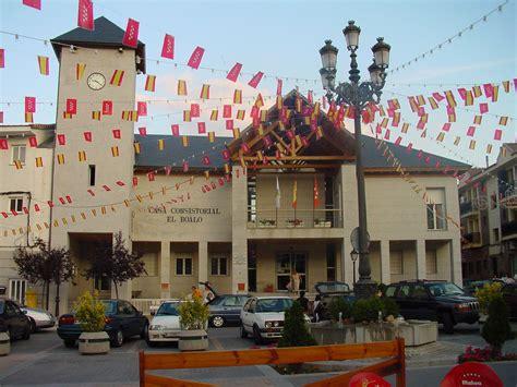 Bestand:Ayuntamiento de El Boalo.jpg - Wikipedia