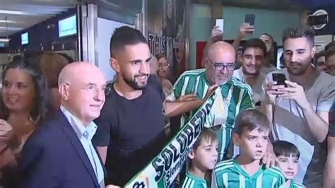 Betis: Boudebouz ya está en Sevilla para firmar como nuevo ...