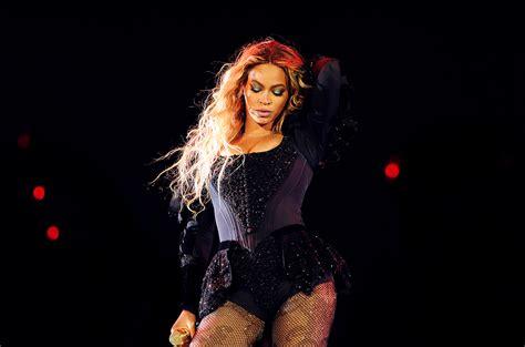 Beyonce: 35 Flawless Instagram Pics   Billboard