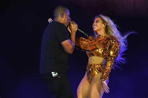Beyonce and Jay Z at Formation World Tour Concert 2016 ...