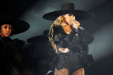 Beyonce s  Daddy Lessons  Finding Support From Country ...