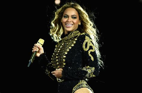 Beyonce s Formation World Tour & Rihanna s Anti World Tour ...